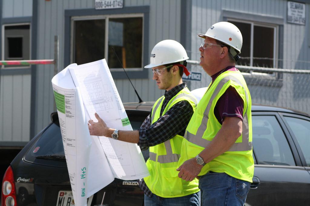 Hiring Building Contractors